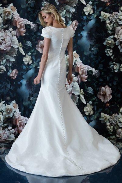 d89f07ec824b0db Простое винтажное свадебное платье из русалки из тафты с короткими рукавами  Обычная деревенская неформальная одежда