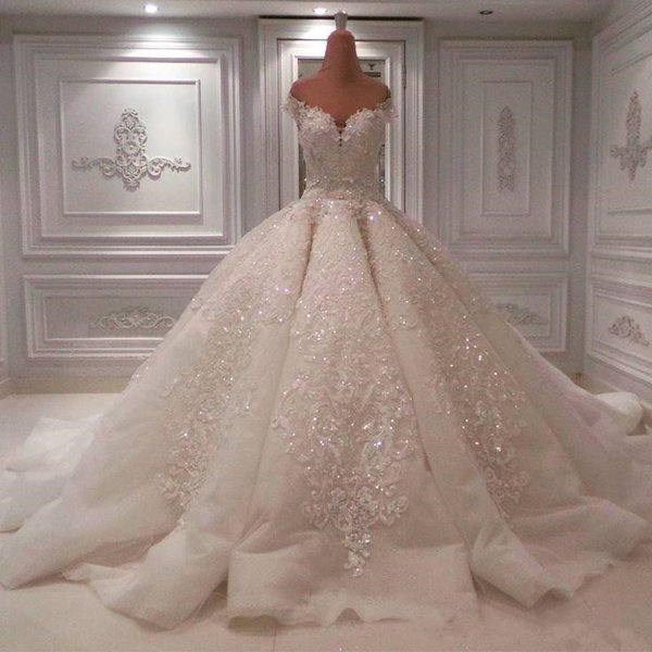 Expensive Luxury Crystal Wedding Dress Sexy Bling Beaded Lace Ball Gown Off The Shoulder Backless