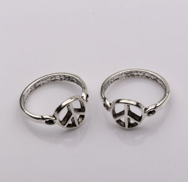 Ring, Antiqued Silver Peace mark Patterns(zinc-based alloy),10mm wide , Diameter 21mm, Sold per pkg of 10 pcs mm6