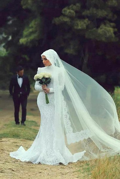2015 Musilim Mermaid Wedding Dresses Lace Appliques High Collar Long Sleeves Sweep Train Mideast Bridal Gowns
