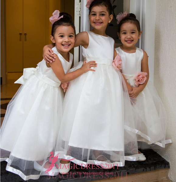 Top Quality Ivory Flower Girls Dresses For Wedding Hand Made Flowers Jewel 2019 First Communion Kids Gowns Pearls Little Girl's Dress