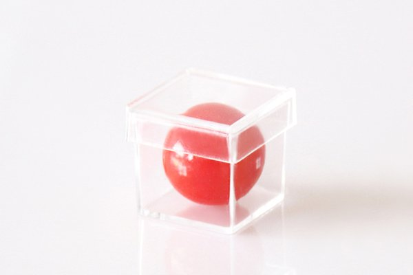 Free shipping Ball through the transparent box magic Sell Ball escape Magic tricks 20pcs/lot case