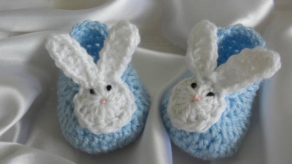 2Crocheted Baby Booties, Crocheted Baby Shoes, Baby Bunny Shoes, Newborn Baby Boy Booties, Baby Boy Bunny Booties, Photo Prop Bunny Booties