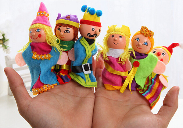 top popular Fedex DHL King&Queen Soft cloth plush Finger Puppet 6Pcs pack 420PCS LOT Story Telling Puppets finger toys for Kids 0-3Years 2021