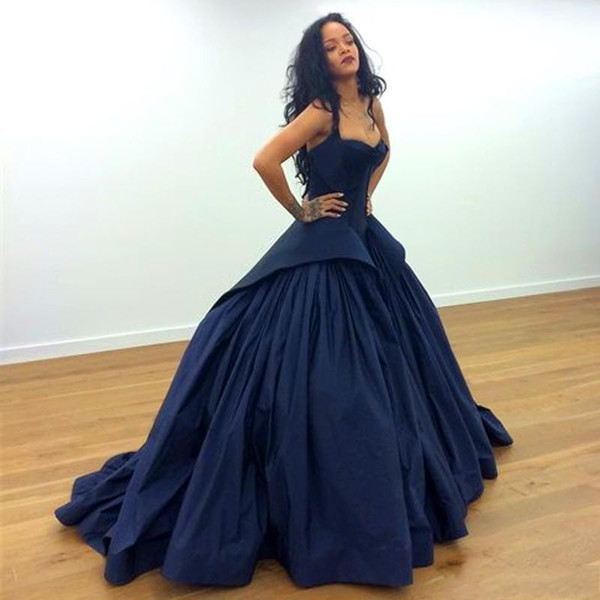 top popular Popular Sexy Rihanna Celebrity Dresses Stunning Strapless Satin Empire Waist A Line Prom Gowns Formal Backless Plus Size Evening Ball Gowns 2019