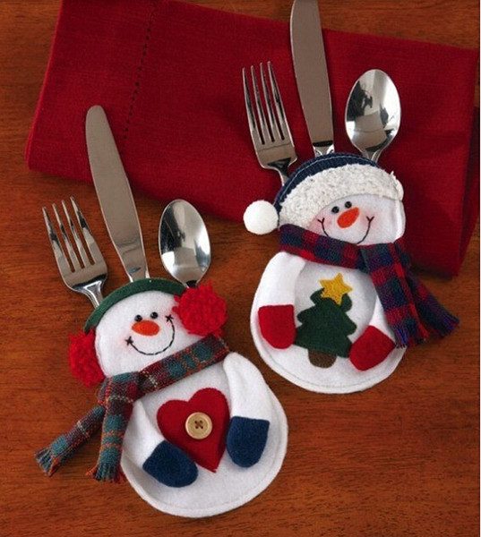 top popular Kitchen Cutlery Suit Silveware Holders Porckets Knifes Folks Bag Snowman Shaped Christmas Party Decoration Supplies 2019