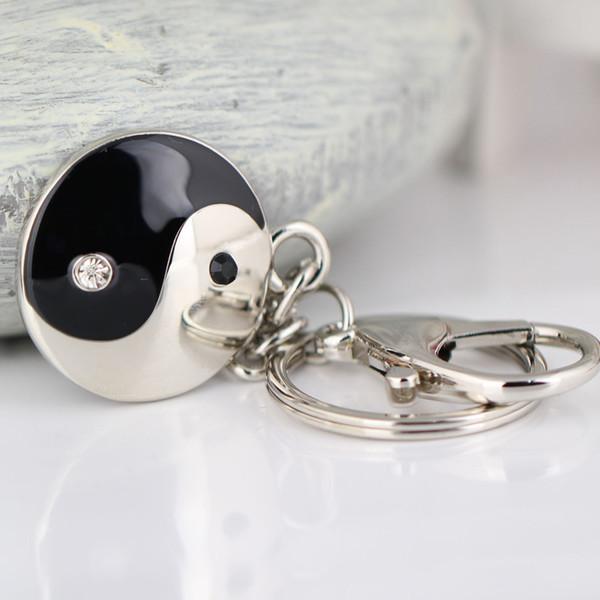 10 PCS / Lot, Taiji-Bagua et Symétrie Motif Porte-clés Creative Chinois Style Accessoires Cristal Porte-clés Anneau Porte-clés Porte-clés