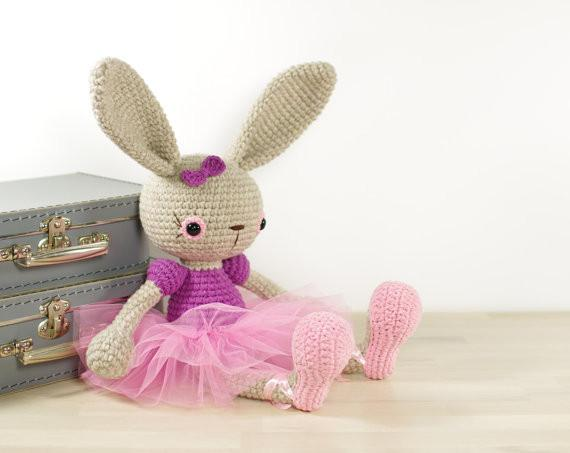 Großhandel Ballerina Bunny Crochet Amigurumi Stofftier Hase Süßes Spielzeug Rassel Von Happybabyshoes, $30.16 Auf De.Dhgate.Com | Dhgate