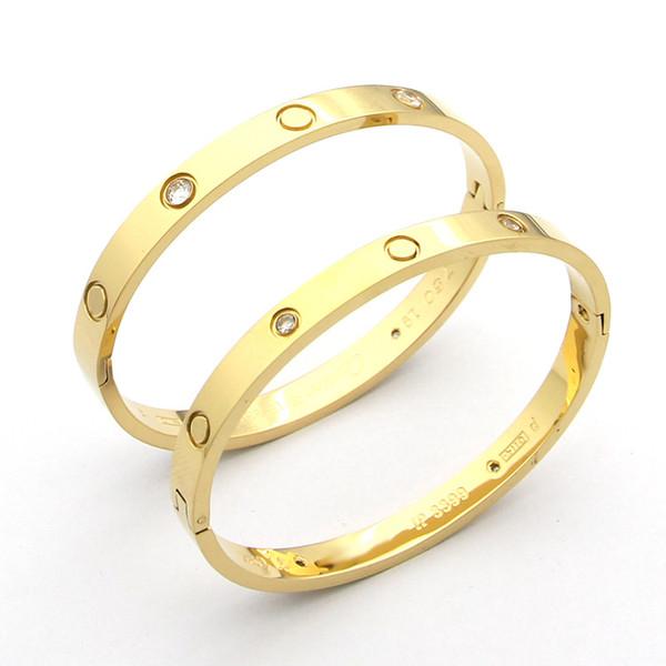 Les fabricants de bracelets en titane de troisième génération fabriquent un bracelet à boucle à pression et un couple de bracelets