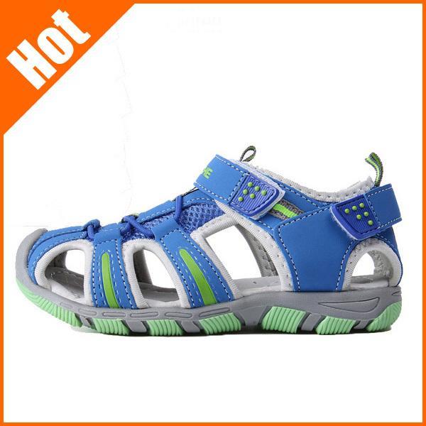 2014 Sandales en cuir pour garçons Girs causal enfants été doux chaussures de plage Sole haute qualité 4Colors