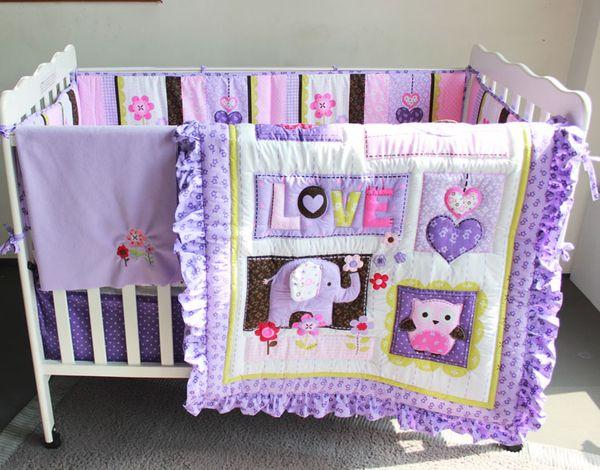 8Pcs Juego de cama para bebé Púrpura Bordado 3D búho de elefante Juego de cama para cuna de bebé 100% algodón incluye edredón para bebé Cama de parachoques Falda, etc.