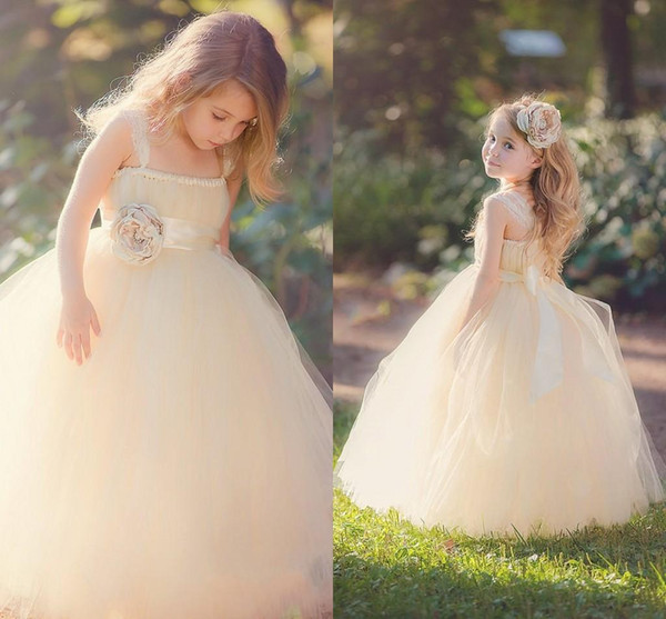 best selling Cheap Lovely Flower Girl Dresses Children from Eiffelbride with Beautiful Hand-made Flowers and Princess Puffy Tulle Pageant Girls Dresses