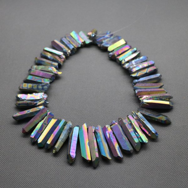56pcs/1Strand Titanium Rainbow Crystal Quartz Rock Crystal, Natural Raw Freeform Spikes Points Drilled Briolettes, 15.5 Inch Women Necklace
