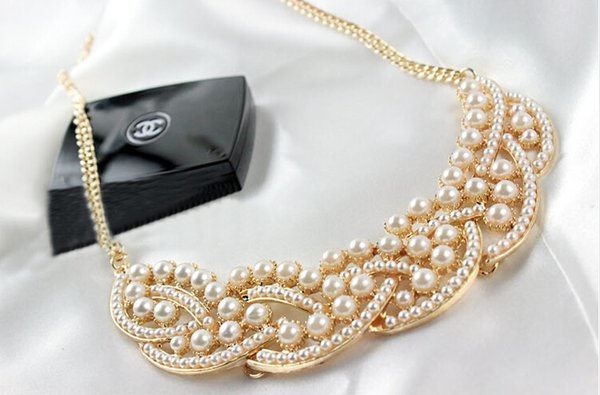 Hot ! 5 pcs Fashion New Elegant Imitation Pearl Hollowed Golden princess false collar short necklace