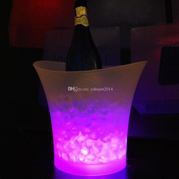 top popular 2015 New Led ice bucket color changing,5L bars nightclubs LED light up ice bucket Champagne wine beer bucket bars 2021