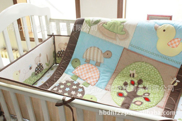 best selling Embroidery Turtles Frog Green Tree Baby bedding set 100% cotton Crib bedding set 7Pcs Baby Quilt Bumper Fitted Sheet Bed Skirt Cot bedding