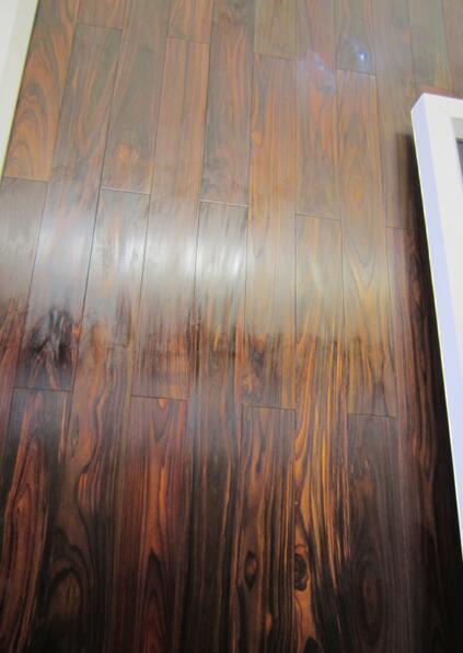 Roble Pisos de madera de ingeniería de 3 capas Piso de la sala de estar grande Estilo europeo Habitación antigua Pisos de madera simples Pisos de madera de la nave antigua