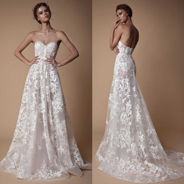 Querida Berta Praia Vestidos de Noiva Backless Lace Applique Elegante Plus Size Vestido De Noiva Varredura Trem País Vestido de Noiva