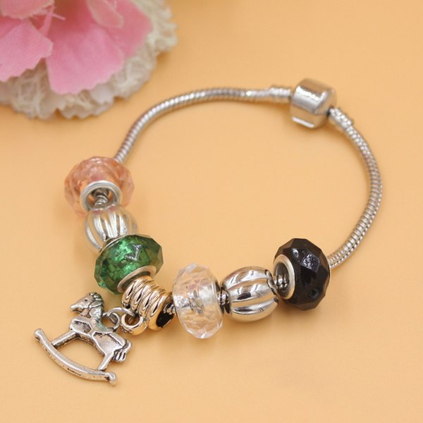 New Arrival Jewelry Wholesale DIY Charms Acrylic Beads Rocking Horse Charm Bracelets Jewelry European Bead Charms Bracelets