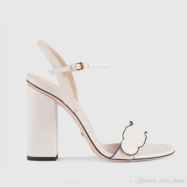 top popular 2021 fashion metal buckle leather low heel sandal designer luxurys womens size 35-42 2021
