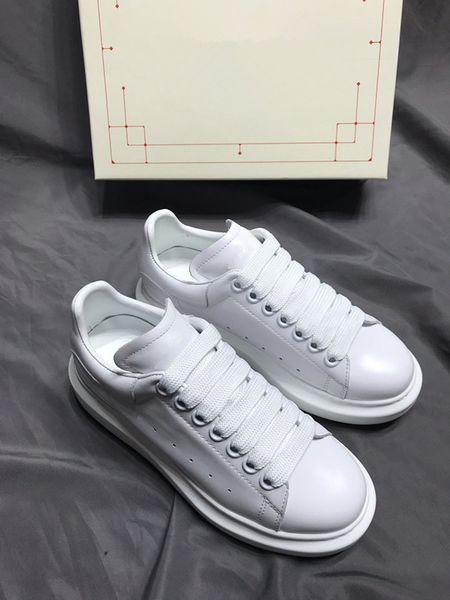 Fashion designer luxury men WOMEN sneaker Rivoli sneaker boot casual shoes couple sports shoes wholesale vintage trainers