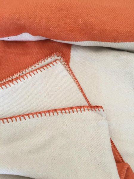 top popular Spring Autumn Women Throw Blankets Letter Blanket Soft Wool Scarf Shawl Portable Warm Plaid Sofa Bed Fleece 2021