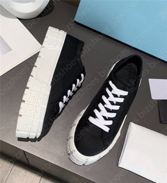 Nylon Women casual shoe triangle rubber platform motocross tires polyamide Designer Sneaker Black White Beige 50 mm sole Heighten shoes