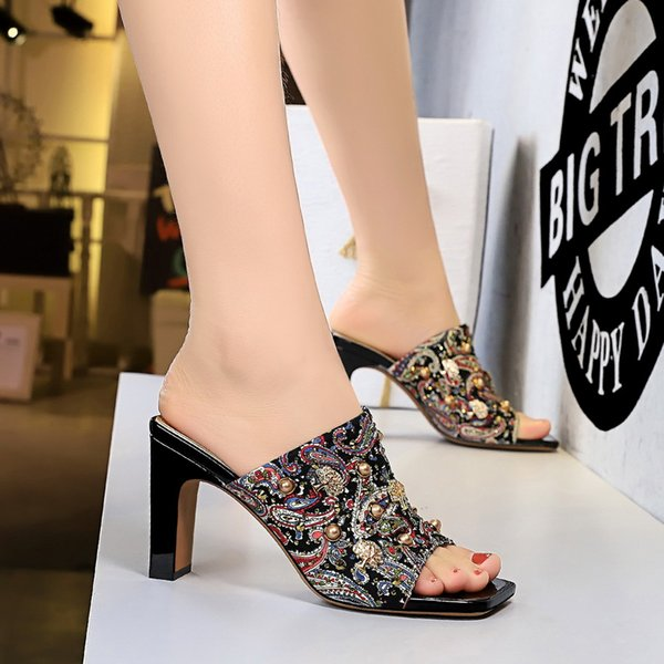 Retro ladies slippers summer high heels flowers slippers high heels floral metal rivets rhinestone square head fish mouth