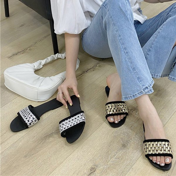 2021 Woman Slippers Popular Flat Bottom Shoes For Ladies Slides Womens Shoes Female Flat Bottom Flip Flips Casual Lady Sandals
