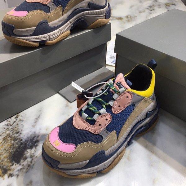 Top Quality Paris Casual Shoes Fashion 17FW Triple S Sneakers Boots Men Women Green White Vintage Old Dad Grandp Shoe