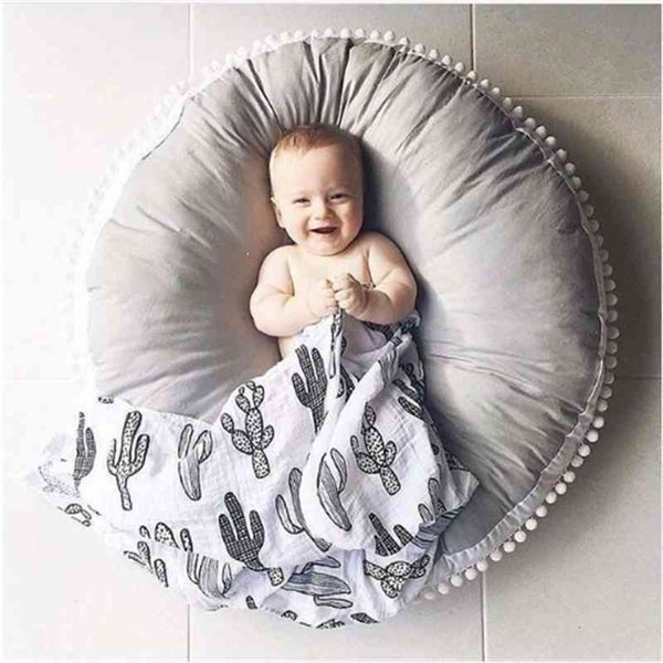 top popular Ins Thick Round Baby Blanket Play Game Mats Pom Crawling Rug Children Toy Mat Carpet Kids Room Decor Photography Props 90cm 2021