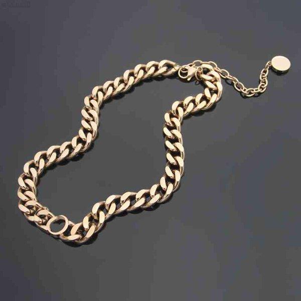 top popular Love Necklace women Pendants Retro embellishment bronze Charm Chain Pendant Necklaces Fashion Brass Jewelry gift 2021