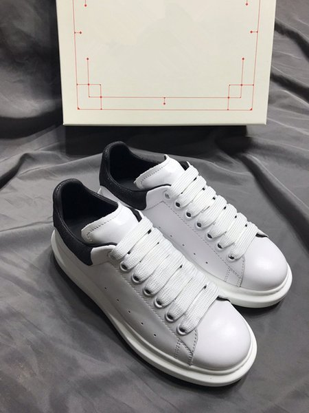 Fashion Luxury Designer Sneakers Men Women Casual Shoes Party Dress low-top Spikes Platforms Trainers Shoes Sneaker