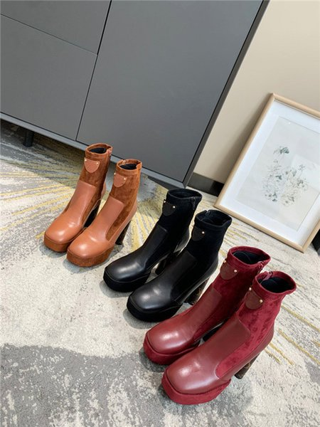 Luxury Designed Cate Boots For Women,Ladies Sole Ankle Boots Chains Paltform Heels Boot Winter Brand Boot