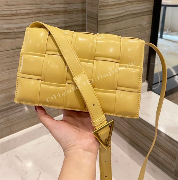 2021 B Lady V Padded Cassette Famous Luxury Bag Womens Magnetic Closure Wide Double-Face Chalk Grass Shoulder Crossbody Bags Handbag Tofu package Women Flap Handbags