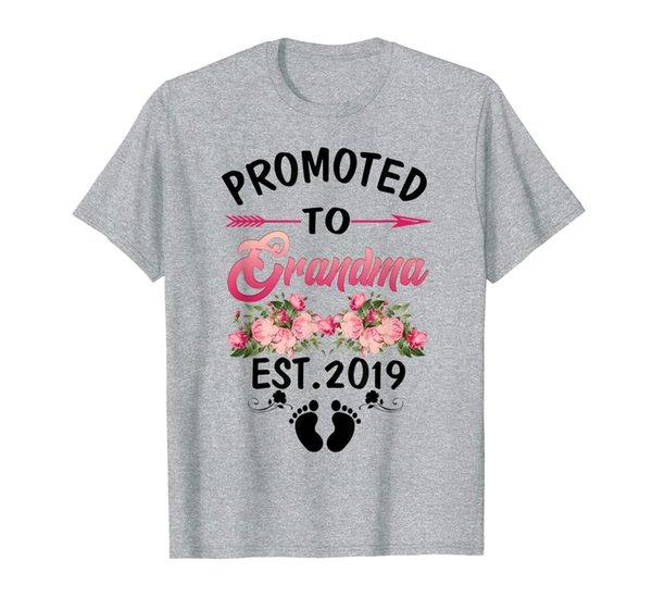 Womens Promoted to Grandma Est 2019 New Grandma to be T-Shirt