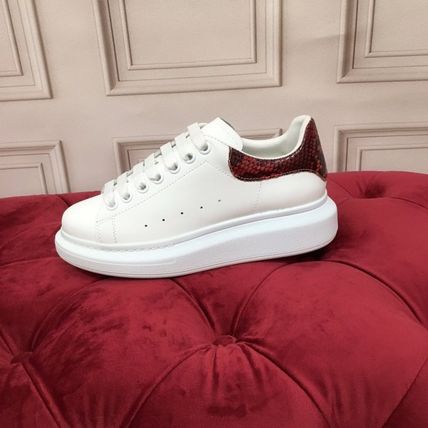 Fashion Designer shoes 3M reflective men casual shoes high-quality brand sneakers daddy shoes