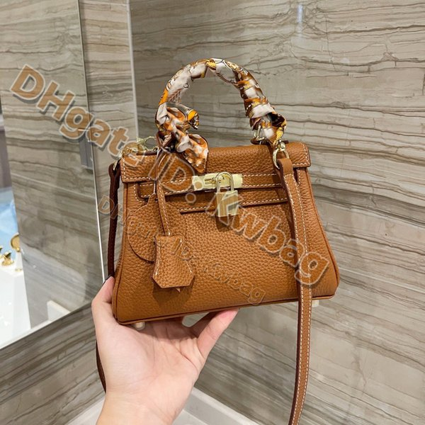 best selling 2021 Luxurys Designers Totes Top quality shoulder Handbags Fashion Leather Bags Purses Lady handbag High-Grade vintage Shopping bag Clutch Purse Pockets Wallet