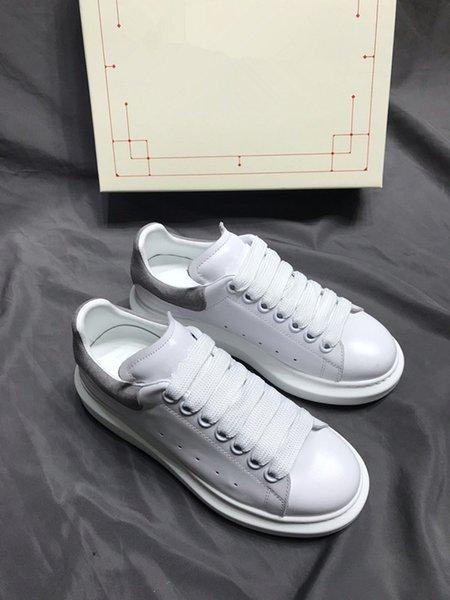 Fashion designer luxury men WOMEN sneaker Rivoli sneaker casual shoes couple sports shoes wholesale vintage trainers