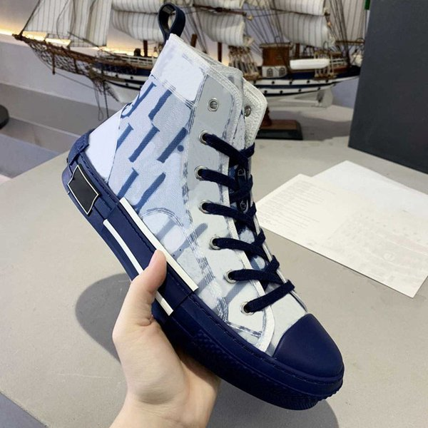 top popular 2021 Top quality Classic Canvas oblique Man Casual Shoes for Women Fashion Lace Up White Designer Sneakers 2021