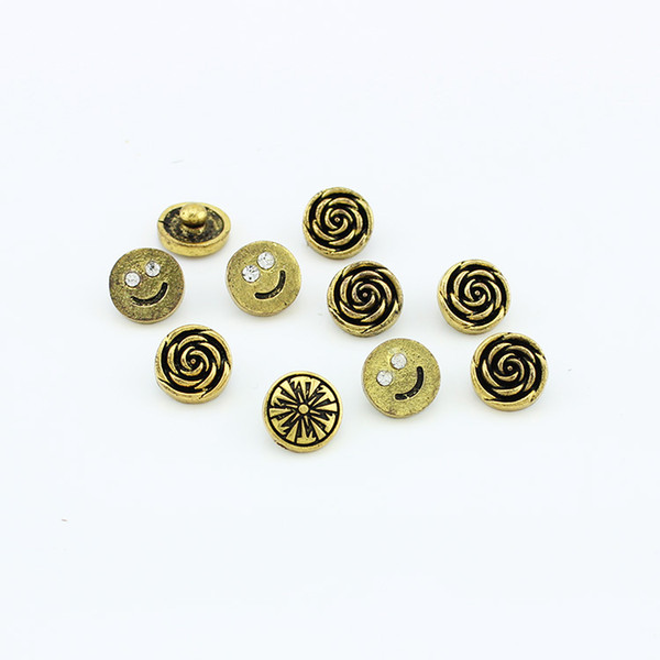 20pcs/lot High quality Mix Many styles 12mm Bronzed Metal Snap Button Charm Rhinestone Button Ginger Snaps Jewelry Randomy SN039