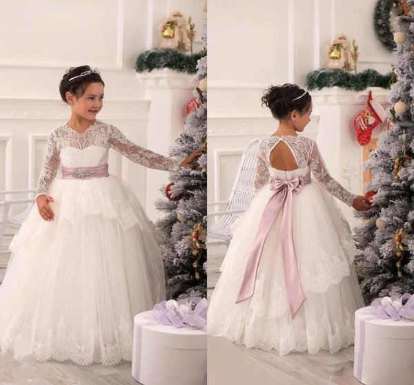 2016 New Arabic Flower Girls Dresses Princess Sheer Long Sleeves Backless Lace First Communion Party Sashes Pageant Dresses with Belt BO9385