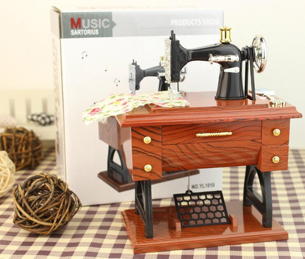 Vintage Mini Sewing Machine Style Plastic Music Box Table Desk Decoration Toy Gift for Kid Children Christmas gift