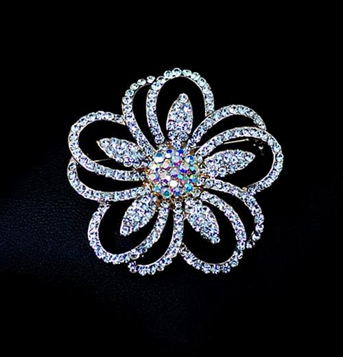 Free Shipping ! Gold Plated With Clear Crystal Rhinestone Pretty Flower Brooches and Pins For Wedding Bouquet