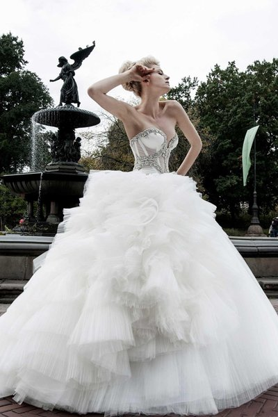 Luxury Crystal Wedding Dresses Ball Gown Sweetheart Draped Made in China Vestidos de Novia Floor Length Vintage Bridal Gowns