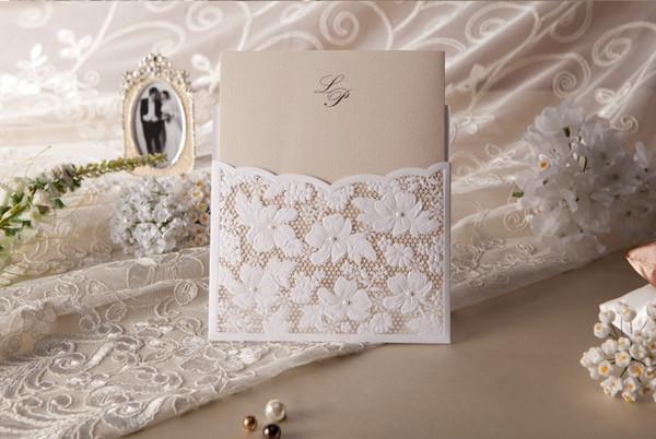 2015 neue druckbare neue Hochzeitseinladungen weiß Spitze hohlen Einladungskarten Folie Stanzen ungleiche Hochzeit Freies Verschiffen