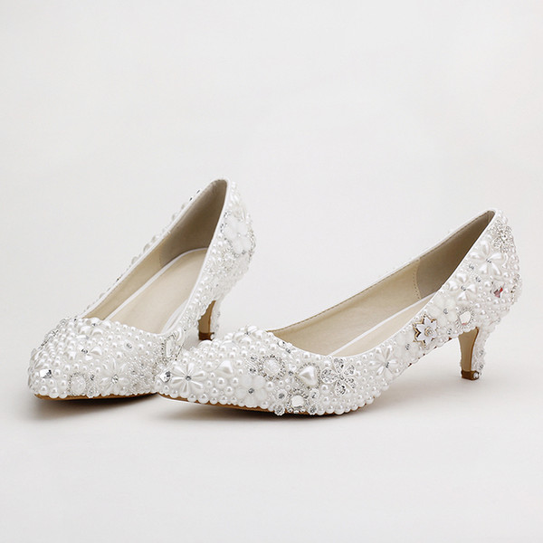2019 Pointed Toe White Pearl Bridal Shoes Middle Heel Wedding Dress Shoes Banquet Party Pumps Rhinestone Handmade Fashion Shoes