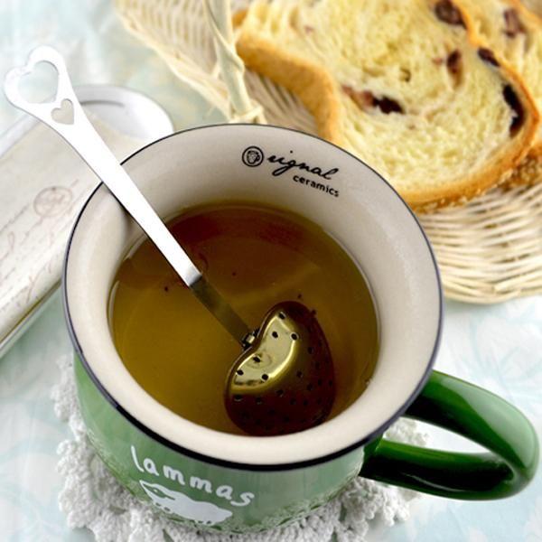 "top popular ""Tea Time"" Heart Shaped tea infuser Mesh Ball Reusable Stainless Strainer Herbal Locking Tea Infuser Spoon Filter 2019"