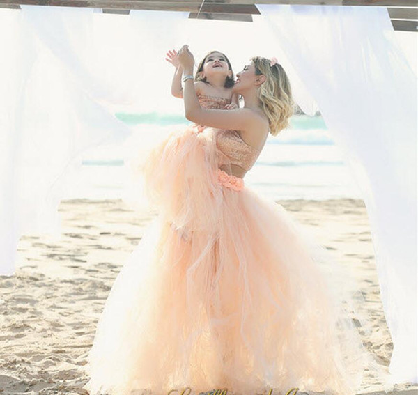 top popular Tutu Skirt Mother Daughter Dresses Coral Summer Beach Cheap Gowns Fluffy Short Family Clothing Free Shipping party 2019