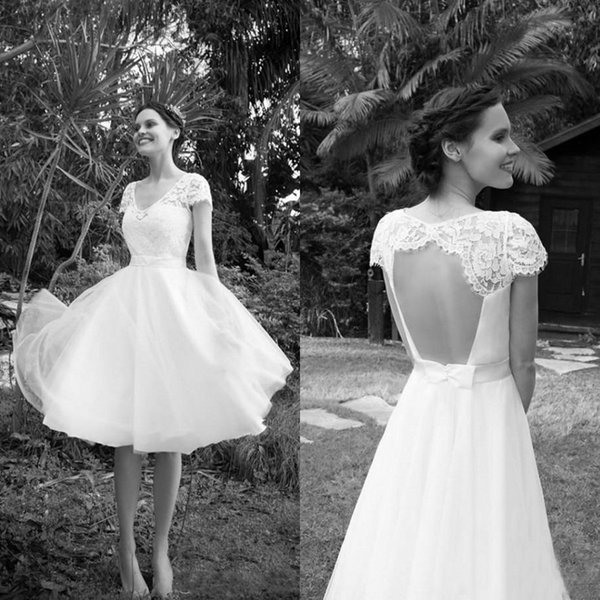 2018 New Spring Country Knee Length Wedding Dresses Short Beach V-Neck Sheer Lace Capped Sleeves Sexy Open Back Cheap Bridal Gowns Sash Bow